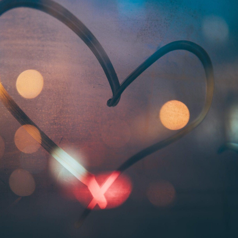 heart - michael-fenton-512963-unsplash